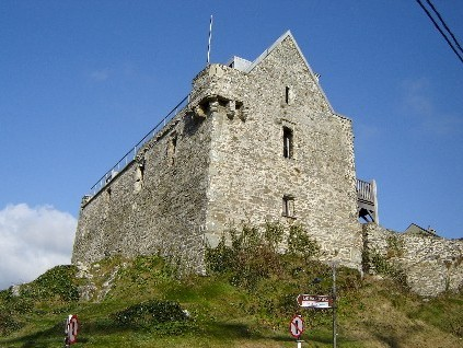 3BB+1 entry to Baltimore Castle + 1 entry to Skibbereen Heritage
